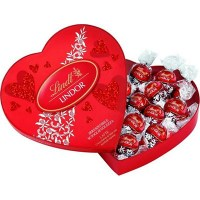 lindt-heart-chocolate-gift-set